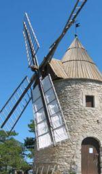 Moulin tour de Montfuron