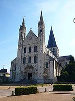 Abbatiale Saint Georges de Boscherville.jpg