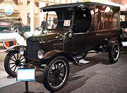 Ford T UPS truck, 1923, exposée au Petersen Automotive Museum, Los Angeles