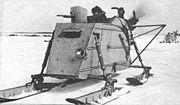 Toutes sortes d'engins sont utilis�s � des fins militaires, comme ce traineau arm� russe Aerosan mod�le NKL-23.