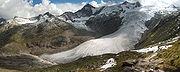 Glacier Schlatenkees dans les Alpes autrichiennes montrant les zones d'accumulation, de transport et d'ablation.