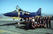 Un A-4 de la patrouille acrobatique des Blue Angels