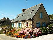 Une maison fleurie en Bretagne
