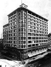 Photographie du bâtiment Carson Pirie Scott & Co en 1900