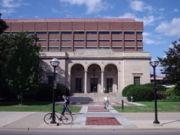 La Clements Library sur le campus de l'Université du Michigan.