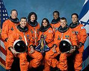 Photo officielle des sept membres de la mission STS-107
