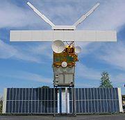 Une maquette taille réelle d'un satellite d'observation de la Terre, ERS 2.