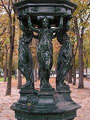 Fontaine Wallace au bas de l'avenue des Champs-Élysées