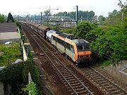 Au passage de Sucy-en-Brie, un train s'engage sur la