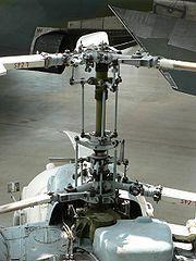 Rotor principal typique des appareils Kamov (ici celui du Kamov Ka-26)