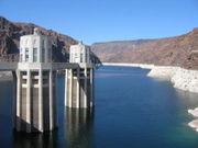 Le barrage, vers l'amont
