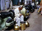 Artisan du cuivre en Inde