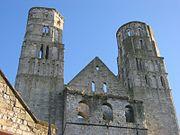 Tours de la façade de l'abbatiale de Jumièges, Seine-Maritime