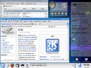 L'environnement KDE avec le navigateur Konqueror et le lecteur multimedia Amarok