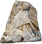 Saint Michel terrassant le dragon, Bourgogne, XIIesiècle, musée du Louvre