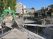 Des travaux importants, ici l'intégration du tramway conduit au recalibrage d'une rivière souterraine (Montpellier– 2e ligne)