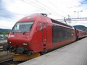 El 18 2254 à Lillehammer en direction d'Oslo.