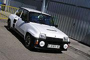 Renault 5 Turbo 2 équipé d'un pare choc type TDC