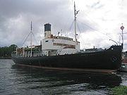Sankt Erik, brise-glace lancé en 1915. L'étrave a déjà une forme moderne.