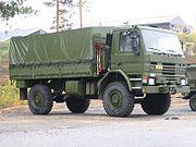 Un camion militaire de marque Scania