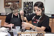 La chimie: science expérimentale.