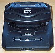 32X monté sur une Megadrive 2