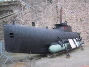 Sous-marin de poche français d'origine allemande, de type Seehund, exposé à Brest au Musée national de la Marine.