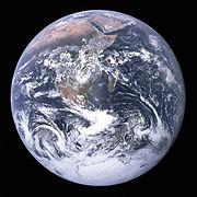 Photographie la bille bleue prise depuis Apollo 17