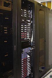 De nombreux serveurs de la Wikimedia Foundation fonctionnent sous LAMP (Linux-Apache-MySQL-PHP)