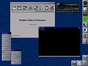 Environnement graphique traditionnel (WindowMaker) sous Linux avec un simple gestionnaire de fenêtres et une suite hétéroclite d'applications.