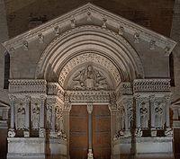 Le portique de Saint-Trophime