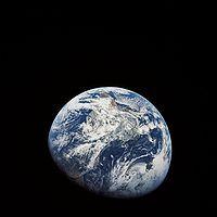 Photo de la Terre prise depuis Apollo 8.