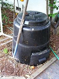 Poubelle à compost commerciale avec une porte