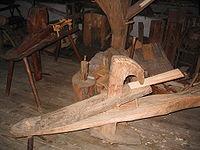 Fabrication traditionnelle des essis (tuiles en bois) dans les Vosges