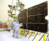 Les panneaux solaires de la sonde MRO