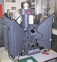 Microsonde de Castaing (SX100 de CAMECA). Les spectromètres sont de type WDS