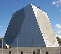 Radar tridimensionnel � balayage �lectronique g�ant en Alaska