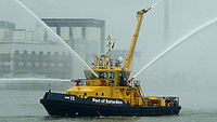 Bateau-pompe du port de Rotterdam