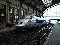 La rame TGV Sud-Est n° 16 à Bordeaux St Jean, lors de l'exposition