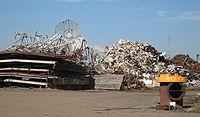Les cyclones, tsunamis ou catastrophes g�n�rent des afflux brutaux de d�chets qui d�stabilisent parfois les fili�res.