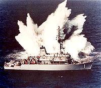 essai de choc sur le chasseur de mines Avenger de l' US Navy