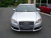 Une Audi S4 Avant