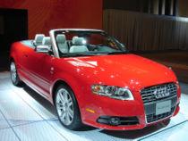 Une Audi S4 Cabriolet