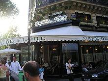 Le Café de Flore, un autre café parisien célèbre, à Saint-Germain-des-Prés.