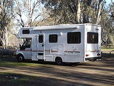 Camping-car australien de type capucine
