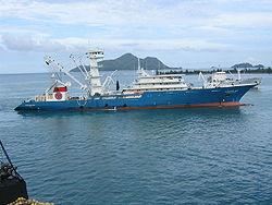 Thonier senneur cong�lateur de 116m de longueur: L'Albatun Dos aux Seychelles