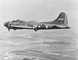 Un bombardier B-17