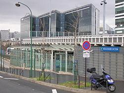 La station côté quai de Seine (11/12/06).
