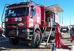 Un Kerax d'assistance au Rallye Dakar