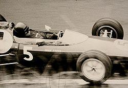 Jim Clark lors du Grand Prix d'Allemagne 1962 au volant de la Lotus 25